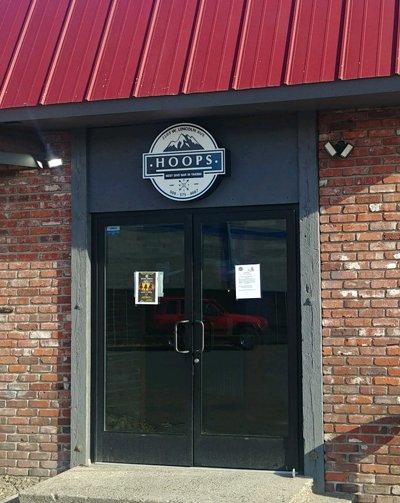 Hoops Bar in Yakima